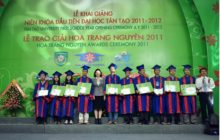 Chủ tịch-Tiến sĩ Đặng Thị Hoàng Yến luôn đồng hành cùng sinh viên TTU và các tài năng Việt